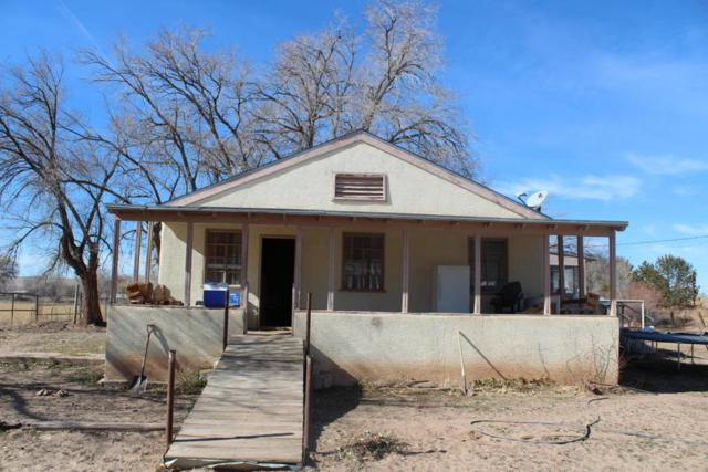 2537 Boliver Lane SW, Albuquerque, NM 87105 (MLS #909498) :: Campbell & Campbell Real Estate Services
