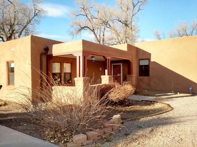 2401 Kestrel Court NW, Albuquerque, NM 87107 (MLS #909539) :: Campbell & Campbell Real Estate Services