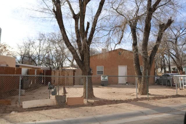 2063 Perry Road SW, Albuquerque, NM 87105 (MLS #909846) :: Will Beecher at Keller Williams Realty