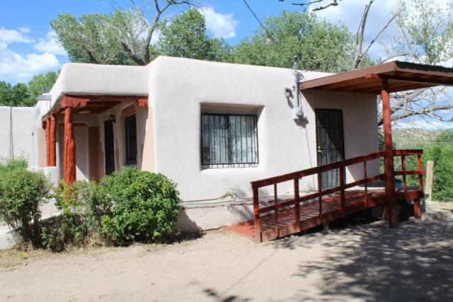 168 Ra County Rd 101, Chimayo, NM 87522 (MLS #910876) :: Campbell & Campbell Real Estate Services