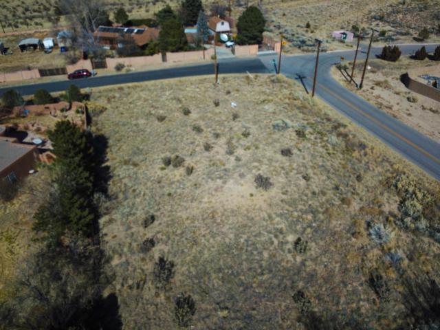 12520 Elena Drive NE, Albuquerque, NM 87122 (MLS #910926) :: Your Casa Team