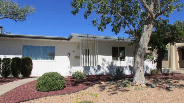 901 Adams Street NE, Albuquerque, NM 87110 (MLS #913921) :: Will Beecher at Keller Williams Realty