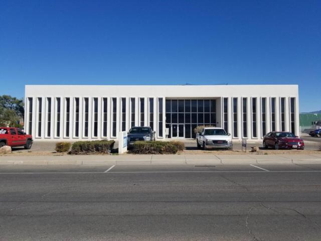5101 Copper Avenue NE, Albuquerque, NM 87108 (MLS #913985) :: Will Beecher at Keller Williams Realty