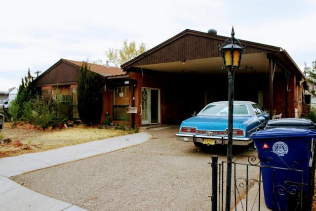 1821 Britt Street NE, Albuquerque, NM 87112 (MLS #915468) :: The Stratmoen & Mesch Team