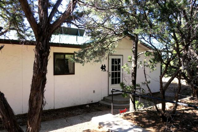 12 Calle Por Los Caballos, Tijeras, NM 87059 (MLS #916108) :: Campbell & Campbell Real Estate Services