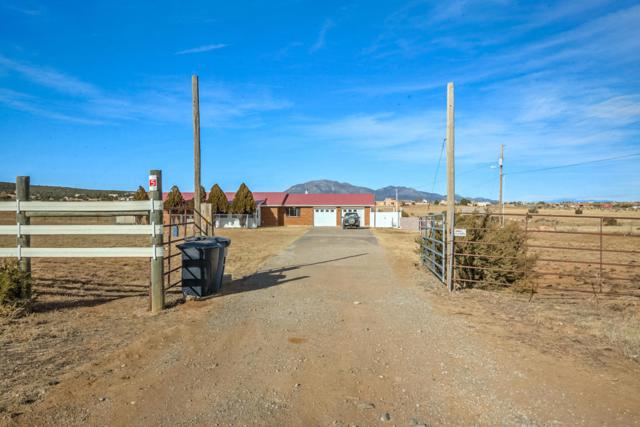5 Calaway Road, Edgewood, NM 87015 (MLS #916376) :: Campbell & Campbell Real Estate Services