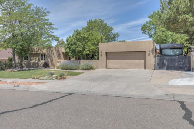 9205 Galaxia Way NE, Albuquerque, NM 87111 (MLS #921566) :: Will Beecher at Keller Williams Realty