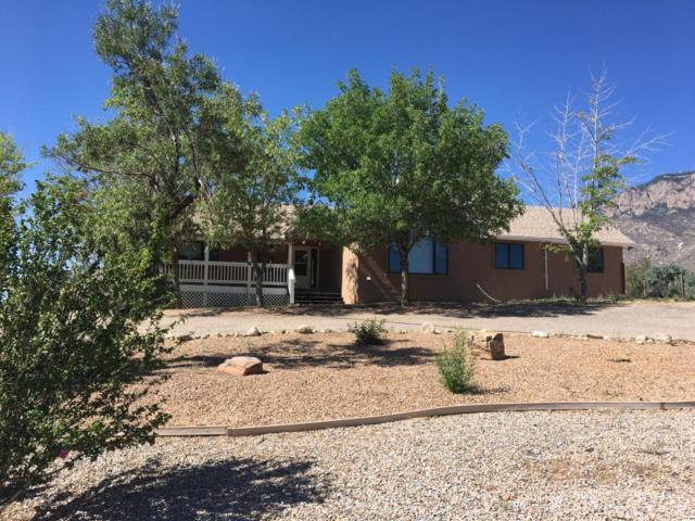 12401 Carmel Avenue NE, Albuquerque, NM 87122 (MLS #921641) :: Your Casa Team