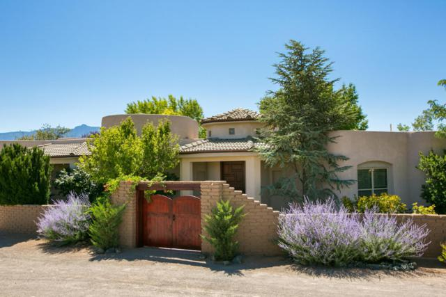 178 Loma Del Oro, Corrales, NM 87048 (MLS #921831) :: Campbell & Campbell Real Estate Services