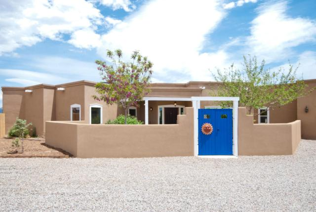709 Perfecto Lopez Road, Corrales, NM 87048 (MLS #921878) :: Campbell & Campbell Real Estate Services