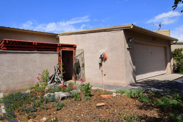 760 Tramway Lane NE #2, Albuquerque, NM 87122 (MLS #923440) :: Your Casa Team