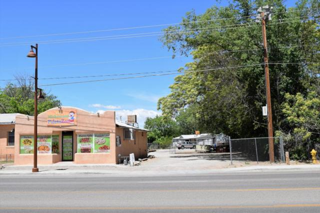 133 Camino Del Pueblo, Bernalillo, NM 87004 (MLS #924168) :: Will Beecher at Keller Williams Realty