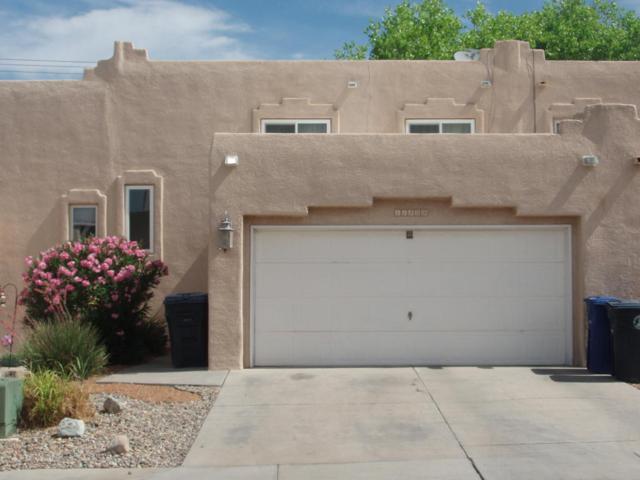 11209 Campo Del Oso Avenue NE, Albuquerque, NM 87123 (MLS #924685) :: Campbell & Campbell Real Estate Services