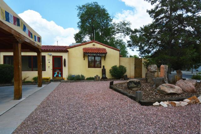 324 Wellesley Drive SE, Albuquerque, NM 87106 (MLS #924925) :: Campbell & Campbell Real Estate Services