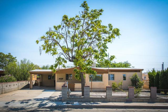 4814 Headingly Avenue NE, Albuquerque, NM 87110 (MLS #926307) :: Campbell & Campbell Real Estate Services