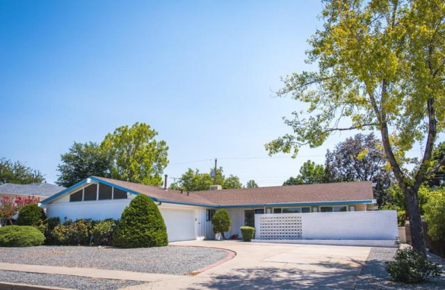 7504 Bellrose Avenue NE, Albuquerque, NM 87110 (MLS #926308) :: Campbell & Campbell Real Estate Services