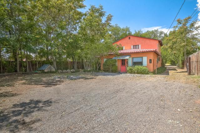 5065 Corrales Road, Corrales, NM 87048 (MLS #926684) :: Campbell & Campbell Real Estate Services