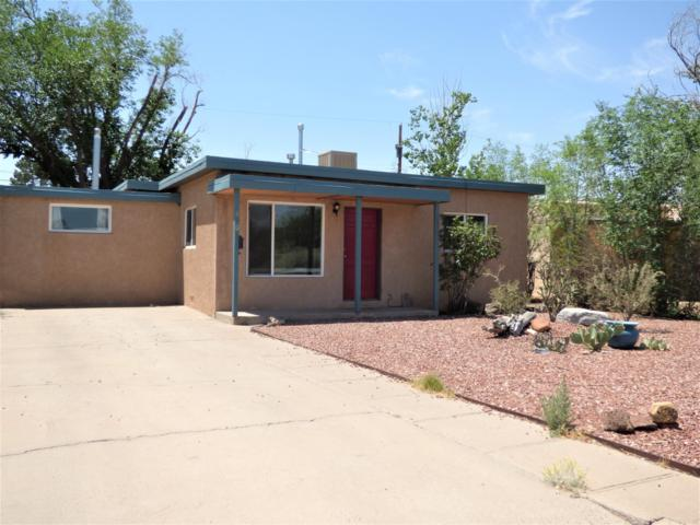 4904 Pershing Avenue SE, Albuquerque, NM 87108 (MLS #926921) :: Campbell & Campbell Real Estate Services