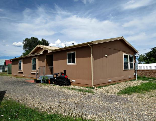 712 Pacific Street, Las Vegas, NM 87701 (MLS #928146) :: Campbell & Campbell Real Estate Services