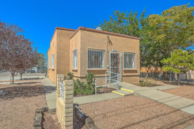 1501 3rd Street NW, Albuquerque, NM 87102 (MLS #928563) :: The Stratmoen & Mesch Team
