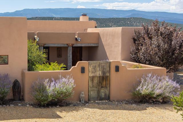 12 Old Rail Pass, Sandia Park, NM 87047 (MLS #928593) :: The Stratmoen & Mesch Team