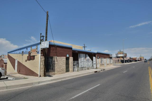 3917 4Th Street NW, Albuquerque, NM 87107 (MLS #928786) :: Campbell & Campbell Real Estate Services