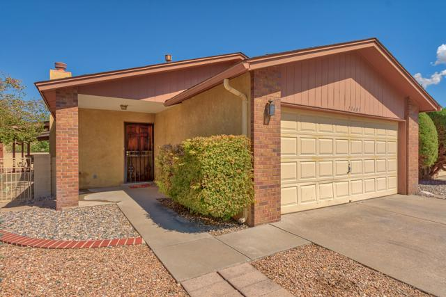 10609 Towne Park Drive NE, Albuquerque, NM 87123 (MLS #928959) :: Your Casa Team