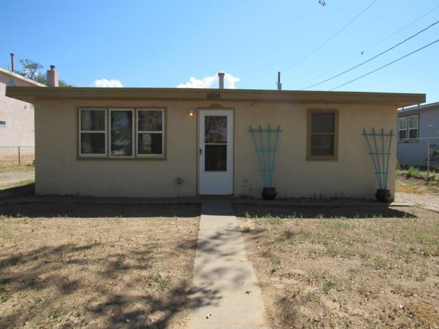 6034 Noble Drive NE, Albuquerque, NM 87107 (MLS #929007) :: Your Casa Team