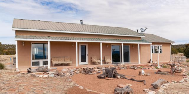 64 Arrowhead Road, Mountainair, NM 87036 (MLS #929545) :: Campbell & Campbell Real Estate Services