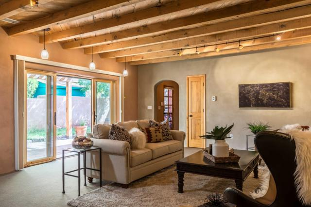 1101 Granite Avenue NW, Albuquerque, NM 87102 (MLS #929822) :: Campbell & Campbell Real Estate Services