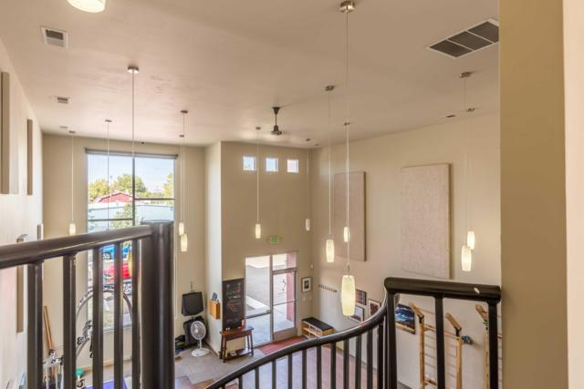 312 Adams Street SE, Albuquerque, NM 87108 (MLS #929834) :: The Stratmoen & Mesch Team