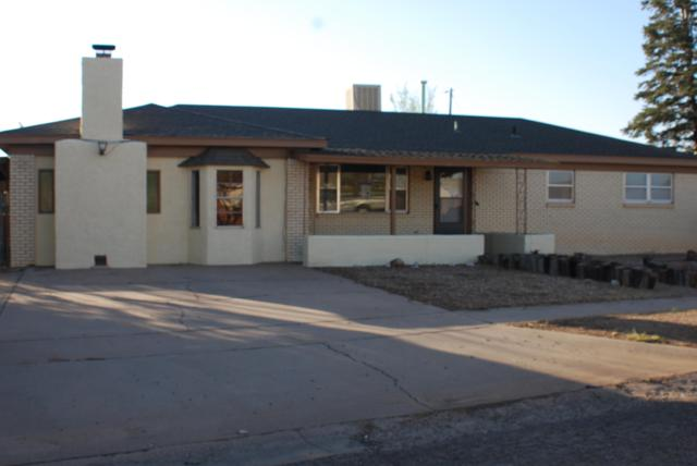 2705 Lore Street, Clovis, NM 88101 (MLS #930015) :: Campbell & Campbell Real Estate Services