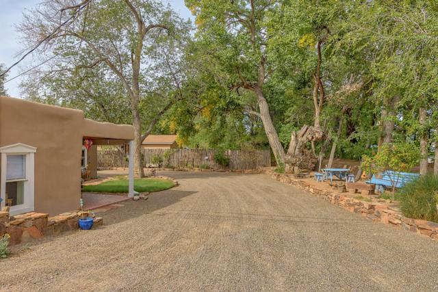 10023 Edith Boulevard NE, Albuquerque, NM 87113 (MLS #930037) :: Campbell & Campbell Real Estate Services