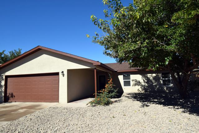 871 Lancelot Street SW, Los Lunas, NM 87031 (MLS #930074) :: Campbell & Campbell Real Estate Services