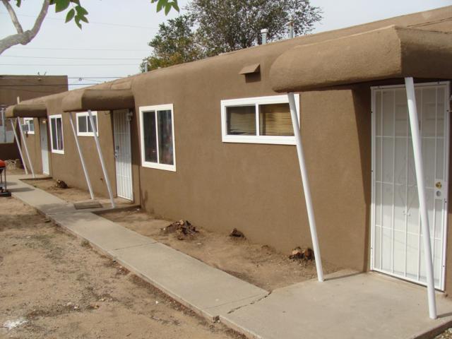 515 Texas Street NE, Albuquerque, NM 87108 (MLS #930305) :: Campbell & Campbell Real Estate Services