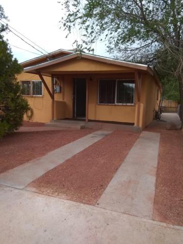 1212 11Th Street NW, Albuquerque, NM 87104 (MLS #930545) :: Silesha & Company