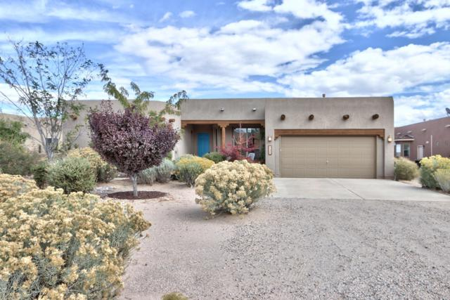 724 4Th Street NE, Rio Rancho, NM 87124 (MLS #930755) :: Campbell & Campbell Real Estate Services