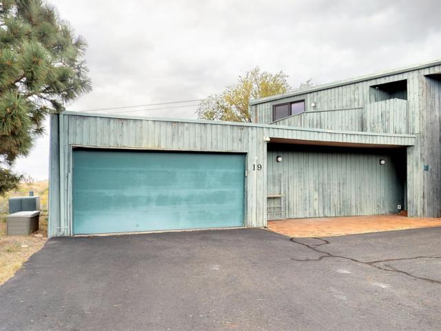 720 Tramway Lane NE Unit 19, Albuquerque, NM 87122 (MLS #930846) :: Your Casa Team