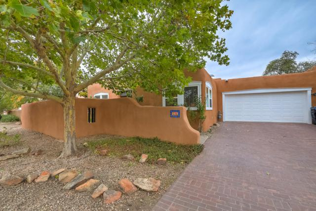 3823 Palacio Del Rio Grande NW, Albuquerque, NM 87107 (MLS #930964) :: The Bigelow Team / Realty One of New Mexico