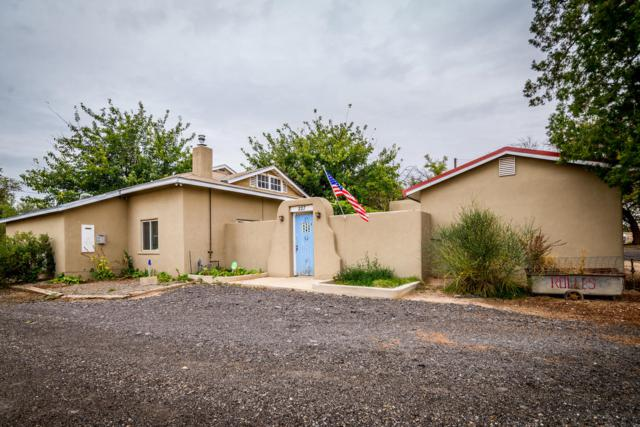 227 Don Diego Street SE, Los Lunas, NM 87031 (MLS #931016) :: Campbell & Campbell Real Estate Services
