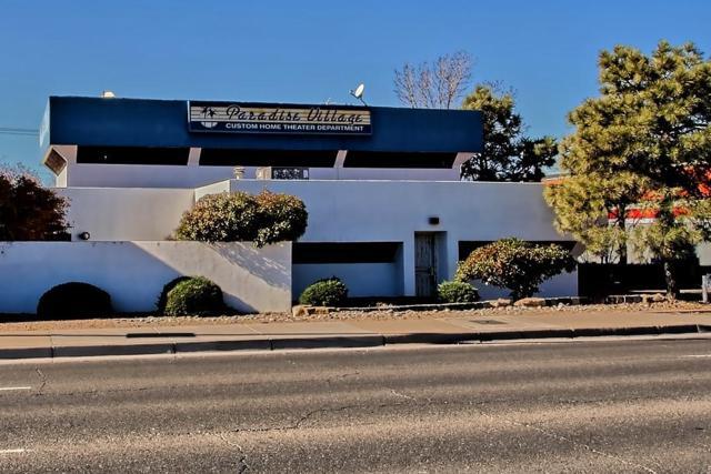 4209 San Mateo Boulevard NE, Albuquerque, NM 87110 (MLS #931194) :: The Bigelow Team / Red Fox Realty