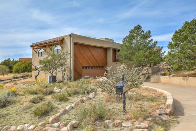 122 Juniper Hill Road NE, Albuquerque, NM 87122 (MLS #931235) :: Your Casa Team
