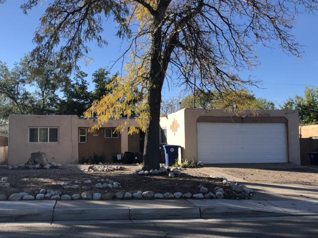 10516 Towner Avenue NE, Albuquerque, NM 87112 (MLS #931345) :: The Stratmoen & Mesch Team