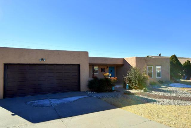 720 Rio Arriba Avenue SE, Albuquerque, NM 87123 (MLS #931848) :: The Bigelow Team / Realty One of New Mexico