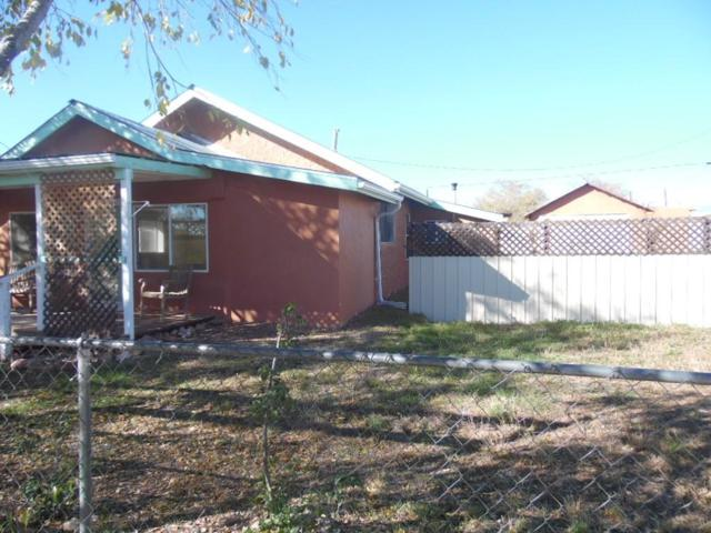 301 N Sunset Ave, Mountainair, NM 87036 (MLS #931854) :: Silesha & Company