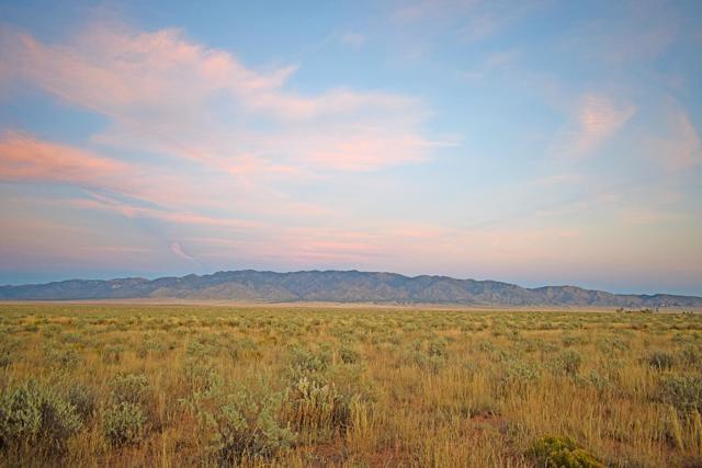 Lot 25 Rio Grande Estates, Rio Communities, NM 87002 (MLS #931929) :: The Bigelow Team / Realty One of New Mexico