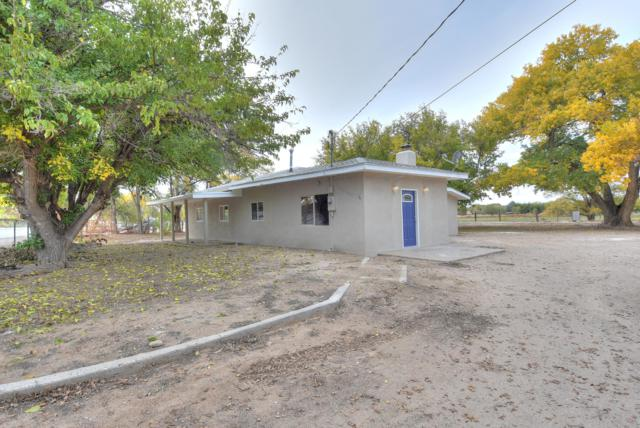 308 El Cerro Loop, Los Lunas, NM 87031 (MLS #931958) :: The Stratmoen & Mesch Team