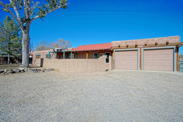 10637 Calle De Elena NW, Corrales, NM 87048 (MLS #932012) :: The Bigelow Team / Realty One of New Mexico