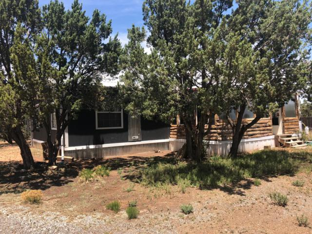 4039 Martinez Road NW, Edgewood, NM 87015 (MLS #932102) :: The Stratmoen & Mesch Team
