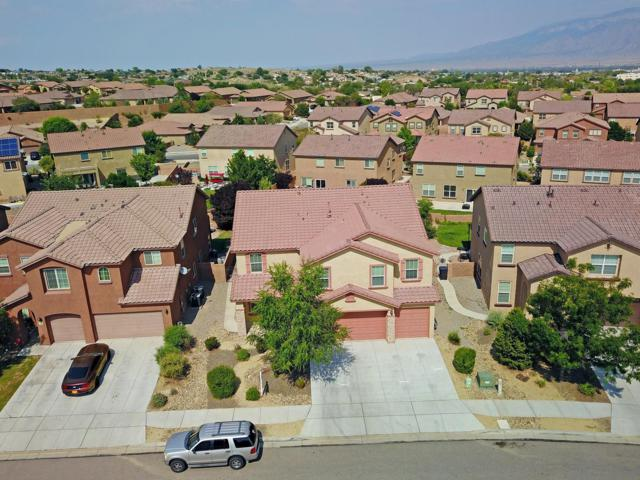 39 Paseo Vista Loop NE, Rio Rancho, NM 87124 (MLS #932202) :: The Bigelow Team / Realty One of New Mexico